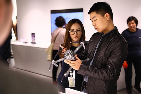 大疆今年销售额超过100亿,其中有80亿来自国外