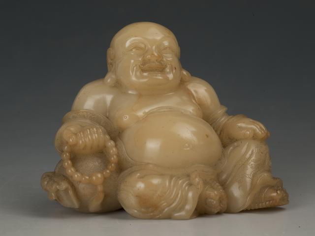清 尚均雕寿山石弥勒像
