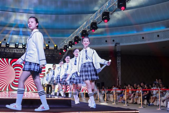碧桂园2018新丝路中国国际少儿模特大赛