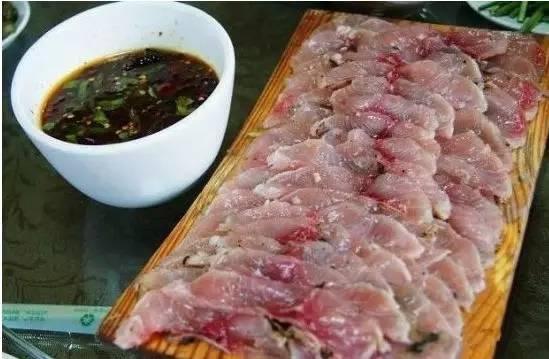 今天的广东省佛山市一带,尚有将草鱼等淡水鱼或海鱼做成