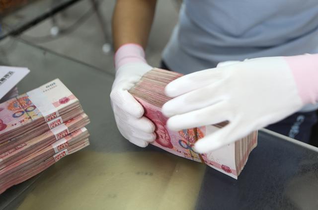 """揭秘深圳""""现代镖局"""":20年押运13.5万亿(组图)"""