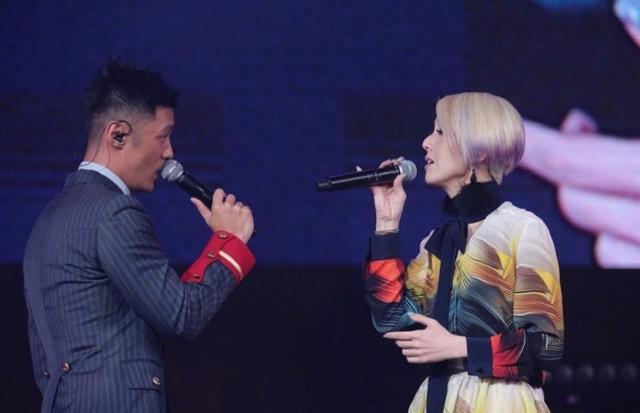 余文乐现身杨千嬅演唱会,志明春娇再次合体