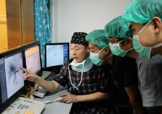 """天津首个""""影像诊断与微创介入""""门诊开诊"""