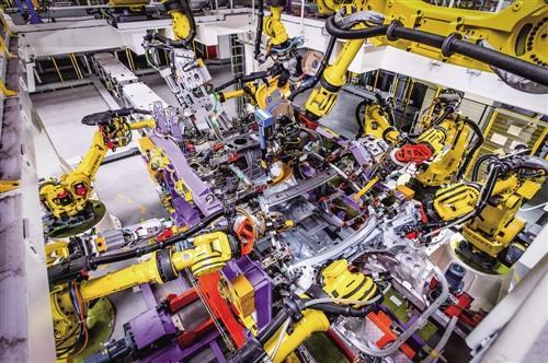 上海制造业增速创5年新高 企业智能化布局成效初显
