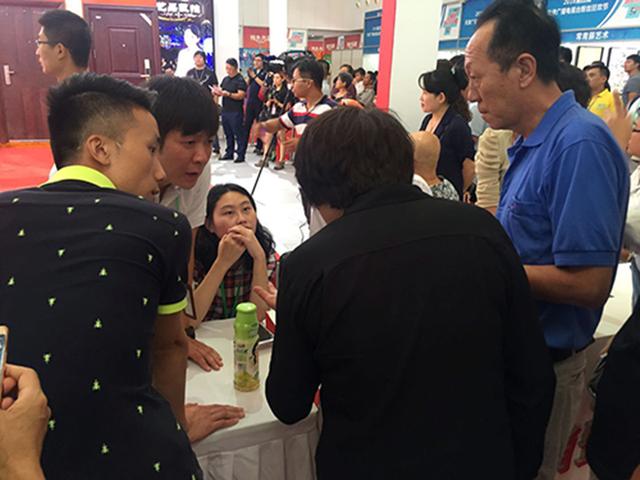 爱尚置家VR设计引爆第四届天津电视粉丝节
