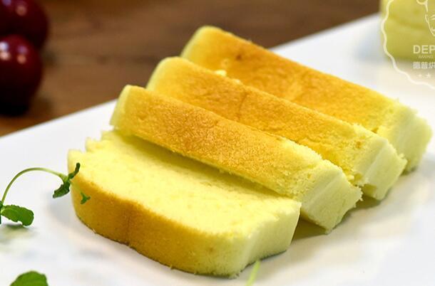大燕厨房:甜品推荐——酸奶蛋糕