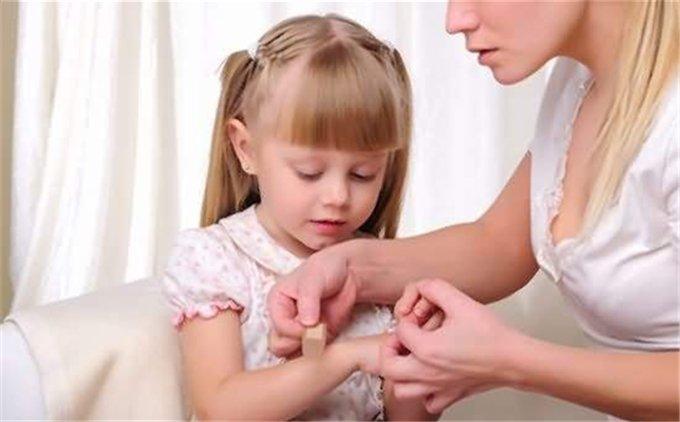 宝宝常见的外伤处理方法 避免伤口处理误区