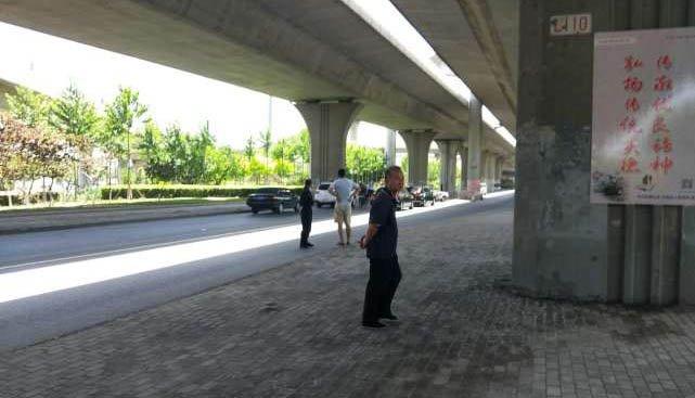 有人在津昆桥跳桥