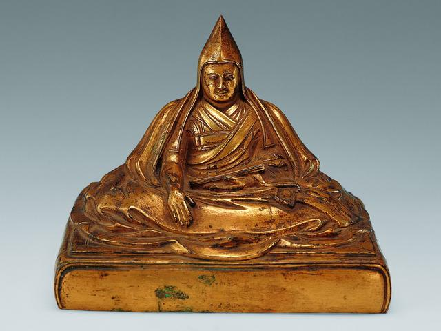 清 铜鎏金达赖五世坐像