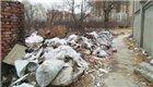 津一地铁站垃圾成堆