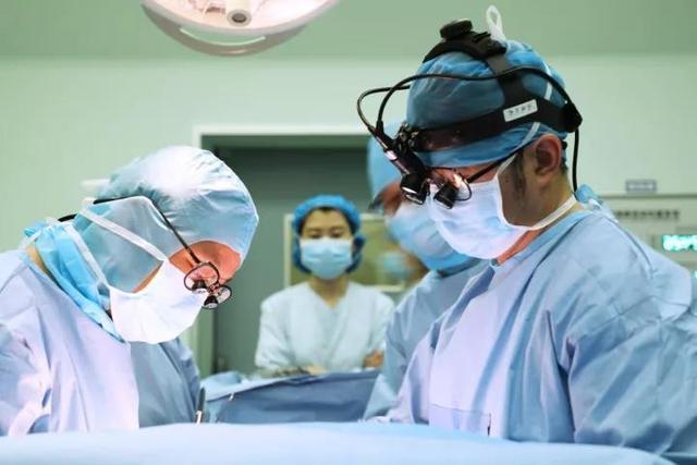 出生仅51天的孩子 被确诊得了30万分之一概率的病