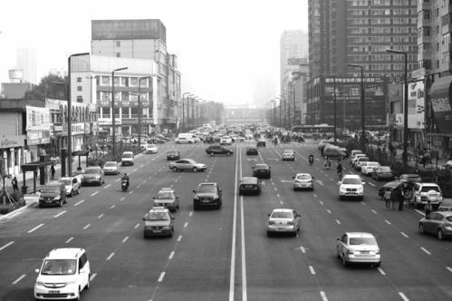 太原学府街东段放行投入使用 11月底正式通车