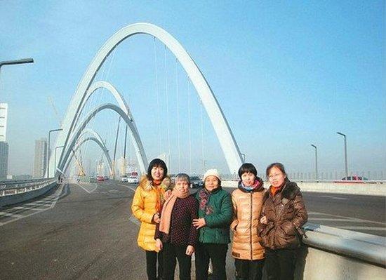 """地聊着即将畅游太原城的那份激动 """"从电视上看那几座立交桥,才叫"""