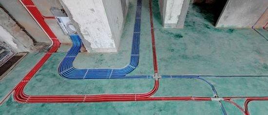 """下图为""""游击队""""与我公司所做水电隐蔽工程对比:  """"游击队""""的""""杰作"""""""