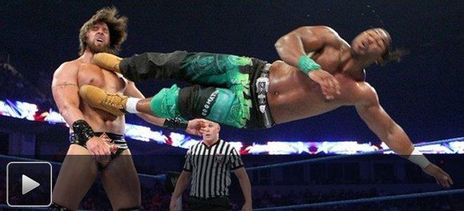 WWE硬汉十大重摔 高空坠落暴力重击