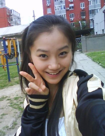 中国超级美女艺人基地――1045号