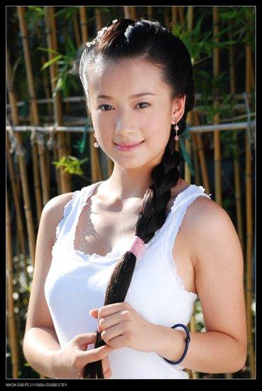 中国超级美女艺人基地――1032号