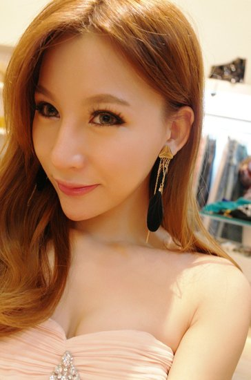 中国超级美女艺人基地――2264号