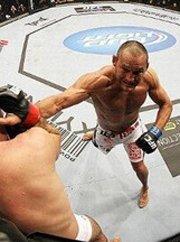 UFC161轻重量级集锦 拉沙德-埃文斯VS丹-亨德森