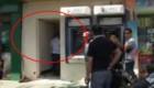 【惊险】赌场伪装成自助银行 警方突击抓捕
