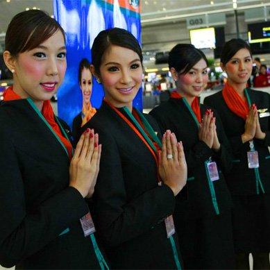 泰国破天荒人妖空姐 男女心事她都懂