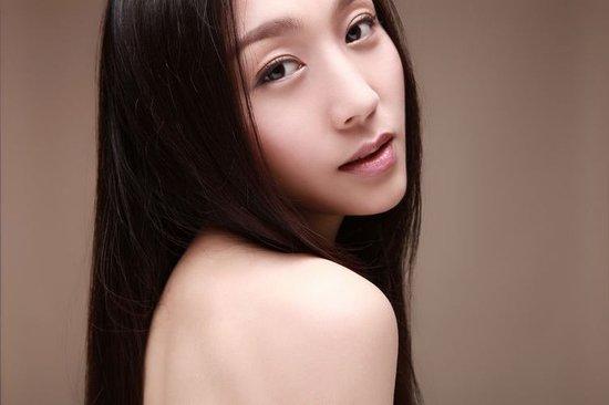 中国超级美女艺人基地――1034号