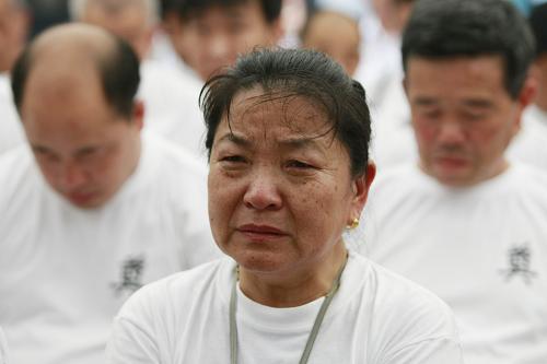 幸存劳工及家属向日本媒体讲述苦难经历
