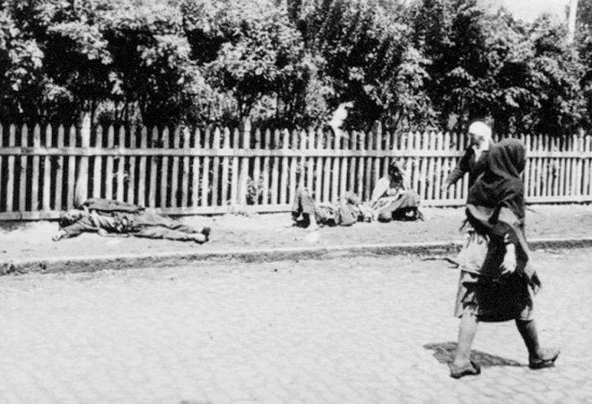 乌克兰大饥荒中,路边的饿殍