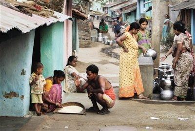 印度严控公款出游 部长出差须坐经济舱