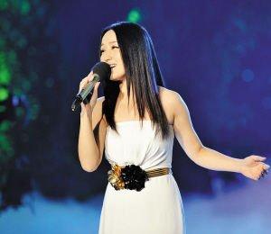 杨钰莹在湖南卫视小年夜春晚复出的悲凉_评论_腾讯网