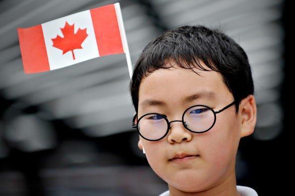 """""""为了孩子""""是大部分中国富人的移民理由"""