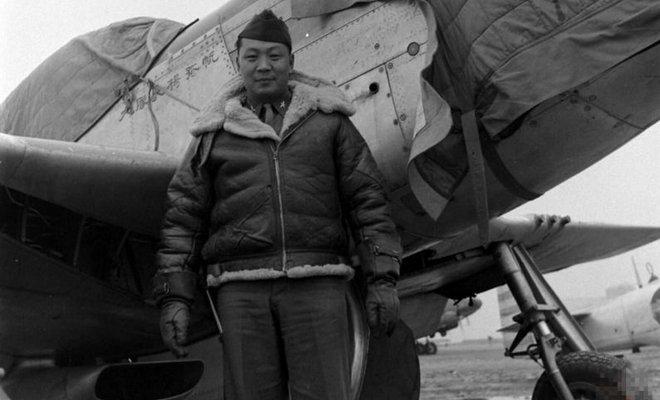 抗战时期的国军飞行员。