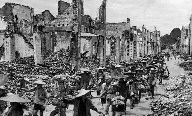 桂柳会战后,桂林城几成废墟