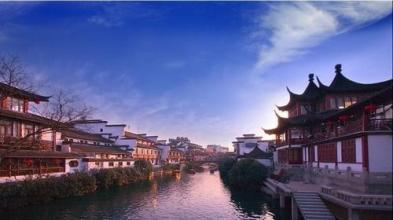 现在的南京城,保留了南唐格局,已有千年历史