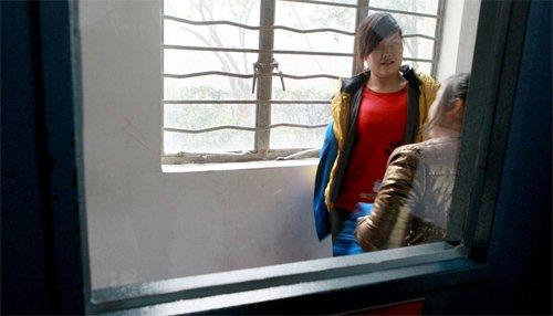 11月19日,卢氏珍正在等待被遣返