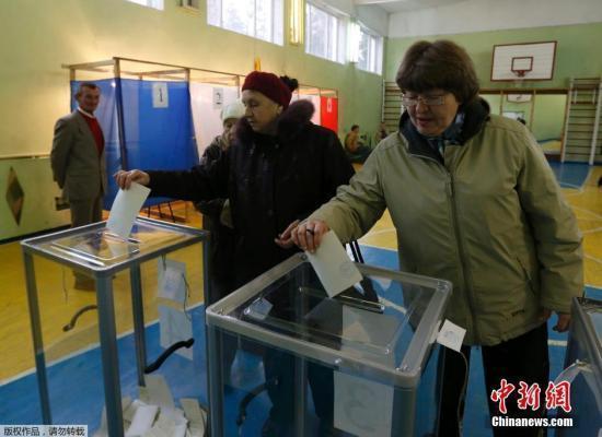 克里米亚公投结束 民调称超九成投票支持入俄