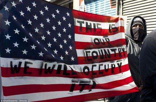 美国多城市爆发反对华尔街游行
