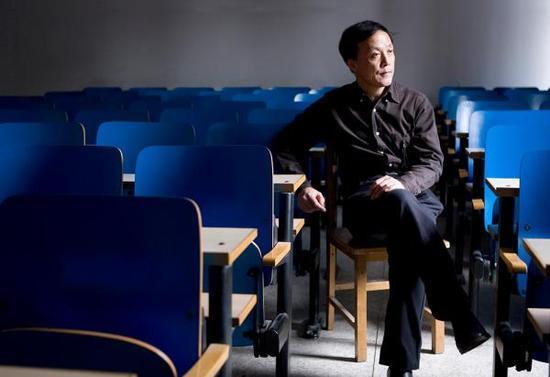 杨奎松:教科书不会带来真历史,要读一些有细节的书