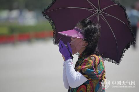 北京高温橙色预警中 今天最高温将达38℃