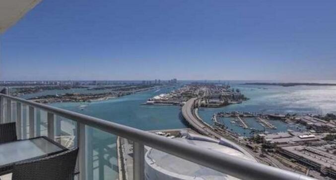美国 迈阿密市Miami 2卧2卫产权式公寓