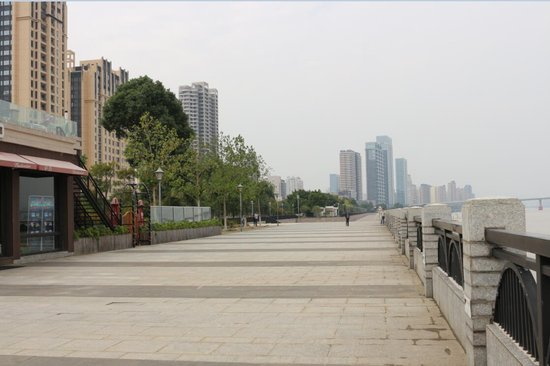 精装修+超高层+一线江景 鹿城的地标楼盘你心动吗?