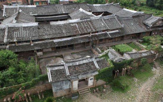 平阳顺溪古屋远足文化节开幕 显现绿色+古色魅力