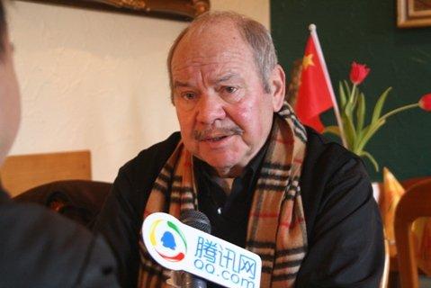 腾讯专访施拉普纳(一):心系中国 拍卖头发丝