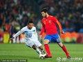 图文:西班牙2-0洪都拉斯 小法带球突破