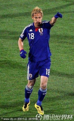 最佳:本田圭佑主导比赛 C罗式精妙落叶破门