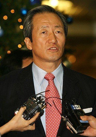 FIFA副主席炮轰韩政府不免除兵役 称愚弄国民