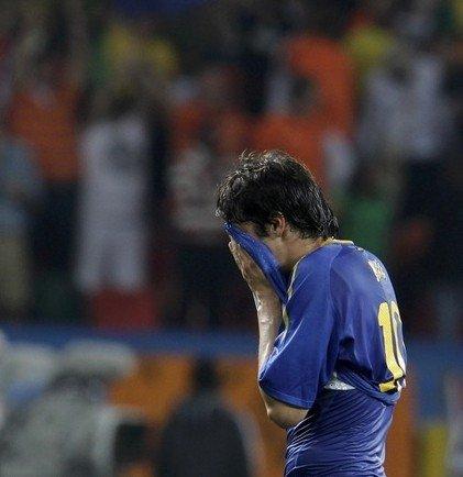 上帝不眷顾含泪卡卡 巴西最悲情巨星非他莫属