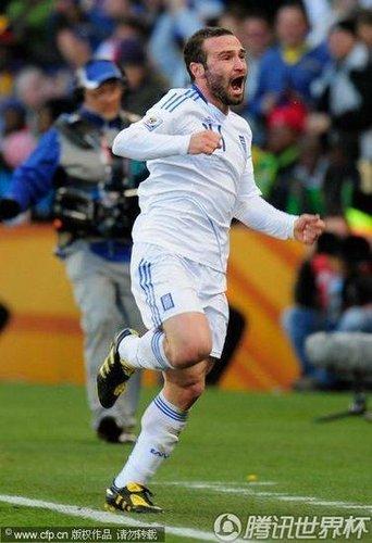 一尊大神庇佑希腊已两次 没有他就没有世界杯