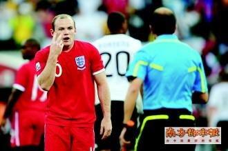 南方都市报:英格兰的鲁尼不是曼联的鲁尼
