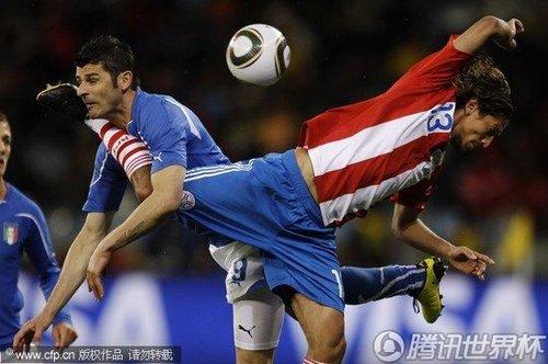 2010世界杯F组首轮:意大利Vs巴拉圭